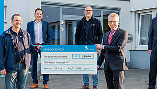 Donation handover to the German Red Cross Region Hannover - Christmas campaign 2020